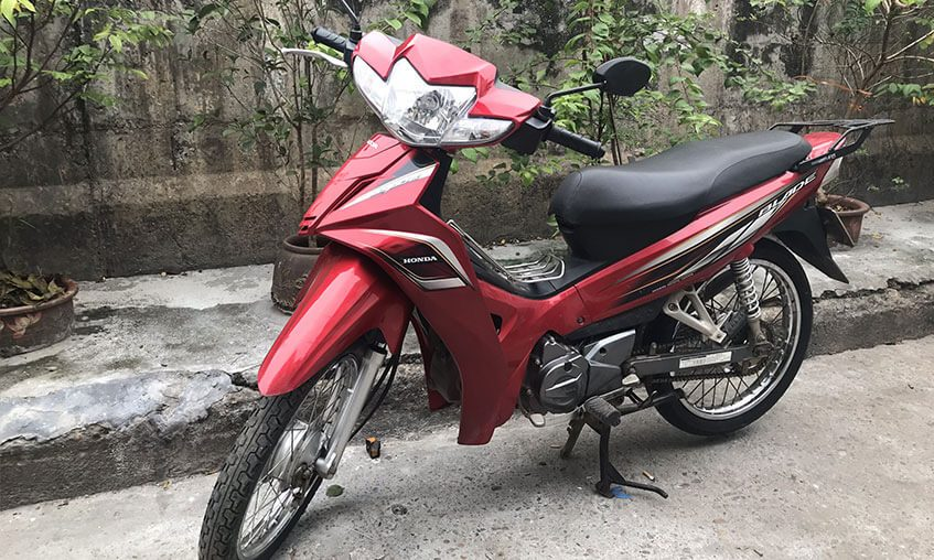 Honda Blade 110 (Red & White)